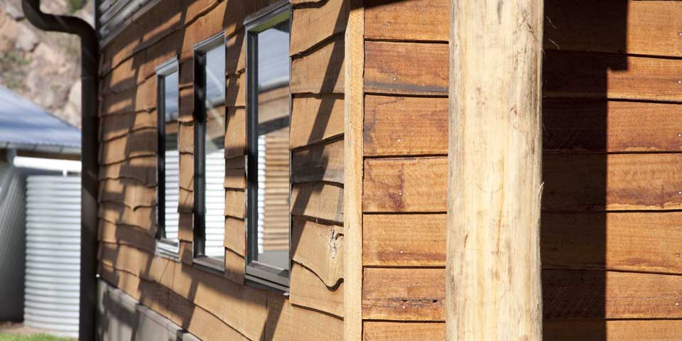 Radial sawn timber evokes the image of traditional bush construction